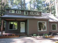 69882 E Rhododendron Ln, Rhododendron, OR 97049