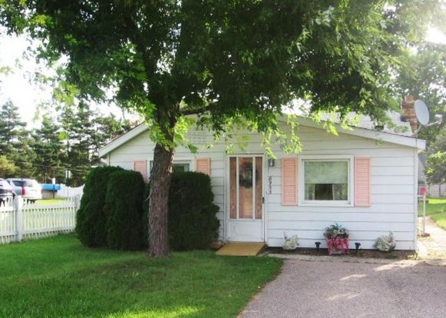 8953 lakeshore rd lexington mi 48450 home for sale and real estate listing