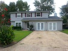 6 Clinton Cir, Hampton, VA 23666