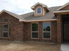 1100 Switchgrass Ln, Crowley, TX 76036