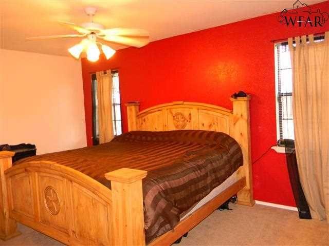2313 Tinker Trl, Wichita Falls, TX 76306 - realtor.com®