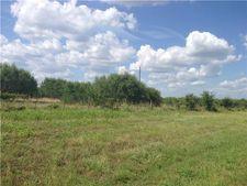 Fm 713, Dale, TX 78616