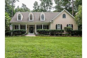 2833 Brenfield Dr, Raleigh, NC 27606
