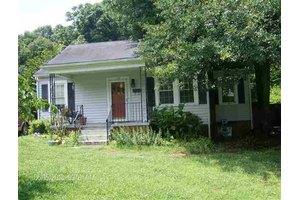 109 Harrington Ave, Greenville, SC 29607