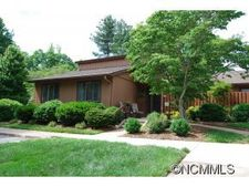 440 Crowfields Dr, Asheville, NC 28803