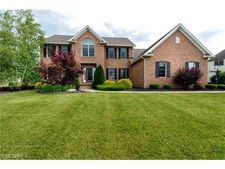 1580 Yorkshire Trce Se, Canton, OH 44709