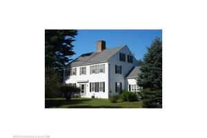 316 Middlesex Rd, Topsham, ME 04086