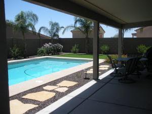 1287 W Castle Dr, Casa Grande, AZ 85122