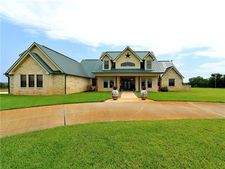 257 High Crossing, Smithville, TX 78957
