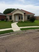 1704 Champion Cir, Eagle Pass, TX 78852