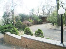 126 Ridge Rd, Watchung Boro, NJ 07069