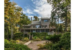 7 Sound Side Dr, Harpswell, ME 04079