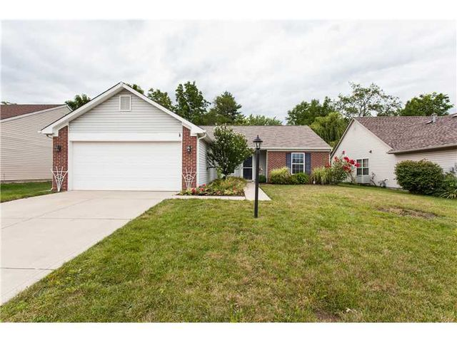8920 Birkdale Cir, Indianapolis, IN 46234