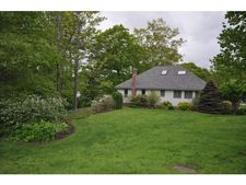 27 Hillside Dr # 17, Hebron, NH 03241