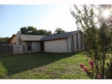 1301 Glenda Dr # B, Round Rock, TX 78681