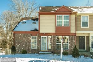 3653 Crows Nest Pt, Triangle, VA 22172