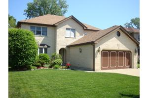 8648 W Sunset Rd, Niles, IL 60714