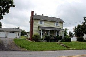 141 E State Rd, Seneca, PA 16346