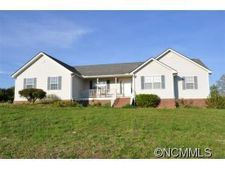 5812 Big Level Rd, Mill Spring, NC 28756