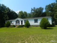 32 Sandy Point Ln, Eure, NC 27935