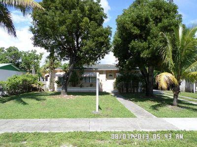 1601 Tropical Dr, Lake Worth, FL