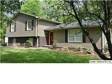 1831 Tall Timbers Dr, Hoover, AL 35226