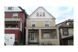 374 Kenney Ave, Pitcairn, PA 15140