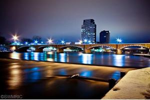 335 Bridge St NW, Grand Rapids, MI 49504