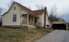1304 N Howell Ave, West Plains, MO 65775