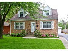 204 N Maple St, Mount Prospect, IL 60056