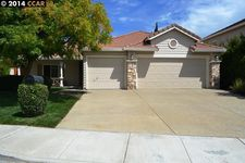 5225 Clydesdale Way, Antioch, CA 94531