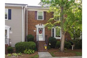 3806 New Garden Commons, Greensboro, NC 27410