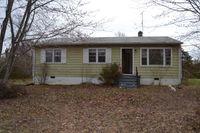 3036 Pin Oak Rd, Prospect, VA 23960