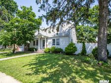 724 Naple Ave, Franklin Square, NY 11010