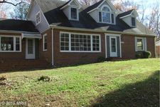 18309 Sharon Rd, Triangle, VA 22172