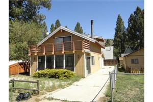 749 Elysian Blvd, Big Bear City, CA 92314