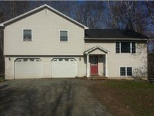 33 Birch Hollow Ln, Newport City, VT 05855