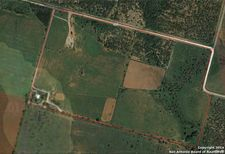 3689 Cr 4677, Dilley, TX 78017