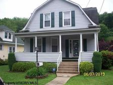 148 Valley St, Salem, WV 26426