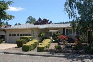 256 Mockingbird Cir, Santa Rosa, CA 95409