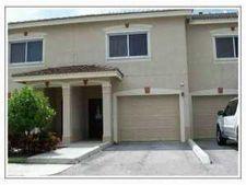 310 Crestwood Cir Apt 206, Royal Palm Beach, FL 33411