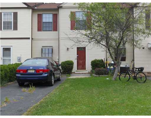 83 Redbud Rd, Piscataway, NJ 08854