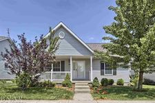 1002 Bull St, Normal, IL 61761