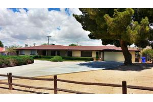 20154 Seneca Rd, Apple Valley, CA 92307