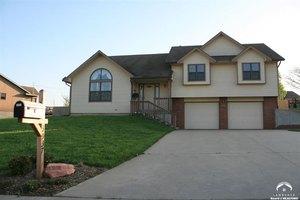3937 NW Cherry Creek Dr, Topeka, KS 66618