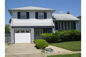 2284 Ward Dr, Rahway City, NJ 07065
