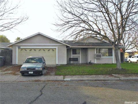 1322 Colombard Way, Livingston, CA 95334