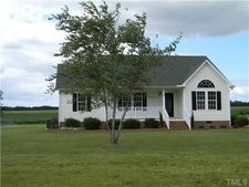 90 Sommerset Dr, Clayton, NC 27520