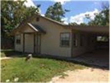 123 Brushwood St, Bastrop, TX 78602