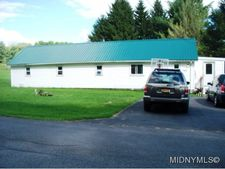 9400 Podunk Rd, Lee Center, NY 13363